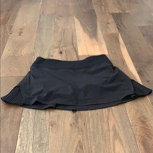 EUC Lululemon black  skirt with shorts, size 4